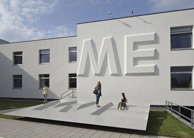 I'M WE – WE'RE ME